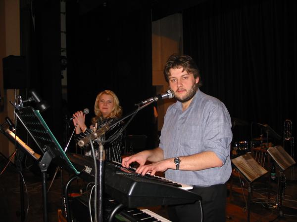Hudební skupina, kapela BLÍŽENCI z Říčan u Brna - hudba na svatbu, zábavu,